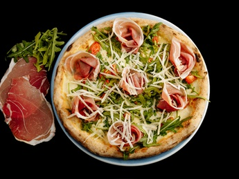 Pizza Filetto rucola e scaglie