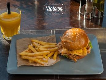 Chicken burger gourmet