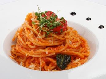 Спагетти Неополитана