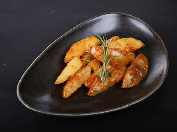 Cartofi chilli cu rozmarin