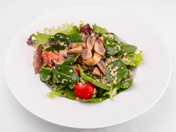 Salad with quinoa and mushrooms