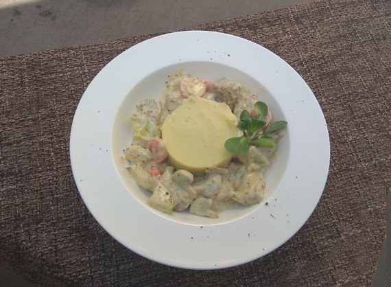 Pork with vegetables in cheese sauce