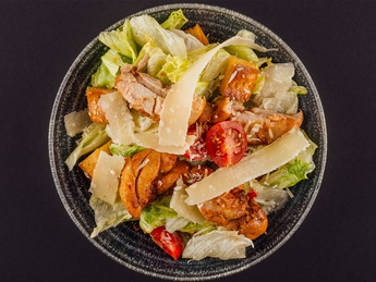 Chicken Сaesar salad