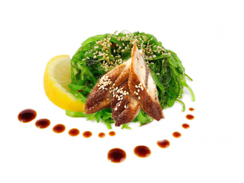 Salată Chuka Unagi