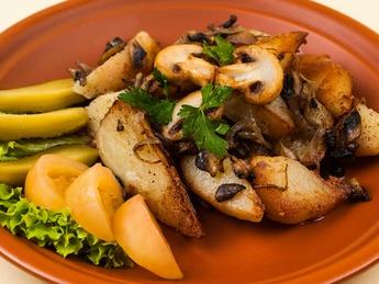 Картофель жареный с грибами и луком (постное)
