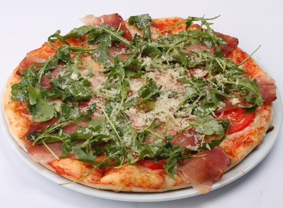 Pizza Prosciutto with rucola