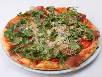 Pizza Prosciutto with rucola