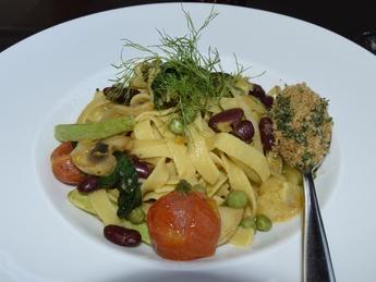 Vegetarian Rigatoni with zucchini