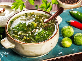 Soup with Brussels sprouts and broccoli