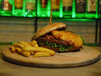 #pineapple#burger#свиной