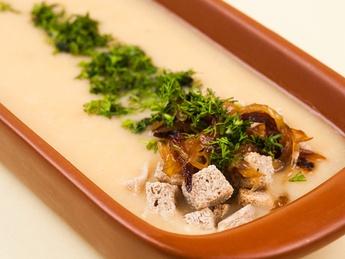 Гороховый крем-суп с жаренным луком (постное)