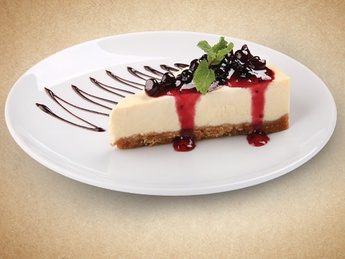 Cheesecake with black currant