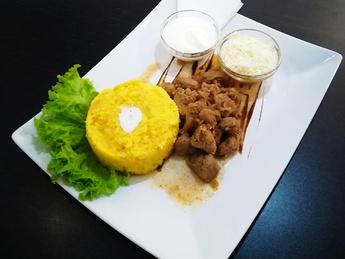 Polenta with pork stew