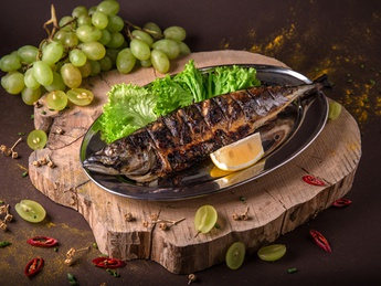 Mackerel on grate (weight product)