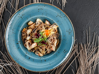 Soba with wild mushrooms in sweet and sour sauce