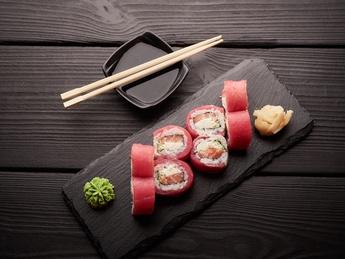 Roll tuna