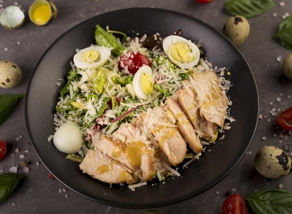 Салат с куриной грудкой