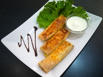 Pancakes with salted curd