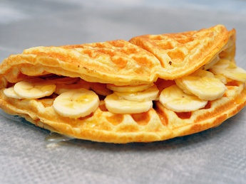 Waffles with honey and banana