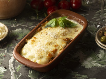 Lasagne with chicken and mushrooms