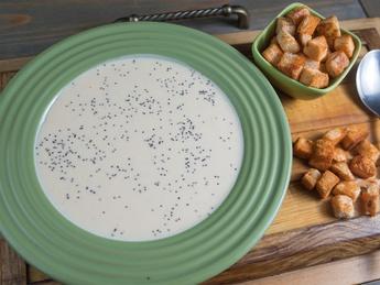 Supă cremă de cașcaval