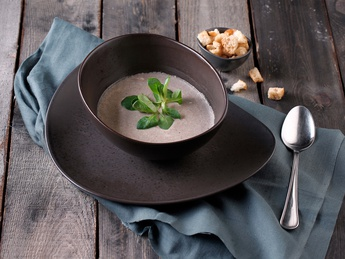 Creamy mushroom soup with chicken fillet