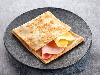 Crepe with cheese and ham