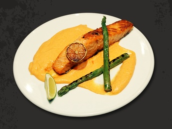 Salmon steak with carrot puree