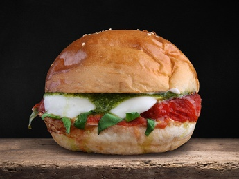 Mozzarella Caprese Burger