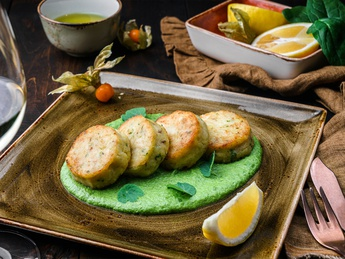 Dorado fillet cutlets with potatoes