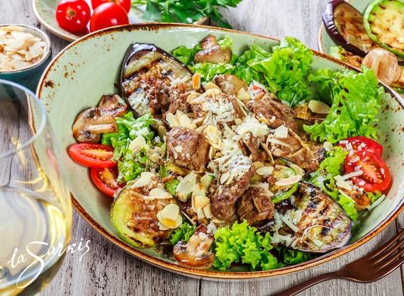 Warm salad la Sarkis