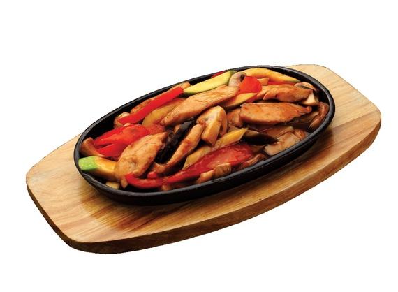 Горячий тайский куриный салат