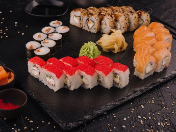 Sushi set Iuma
