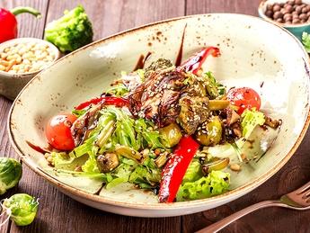 Vegetarian warm salad