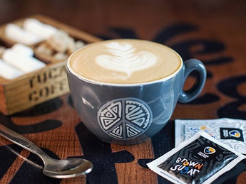 Almond milk cappuccino (340 ml.)