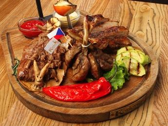Meat Regal plateau
