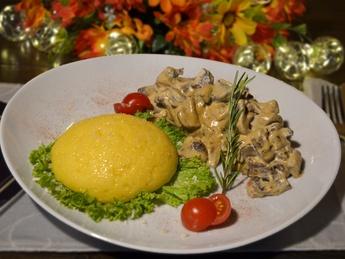 Beefstroganoff with Polenta