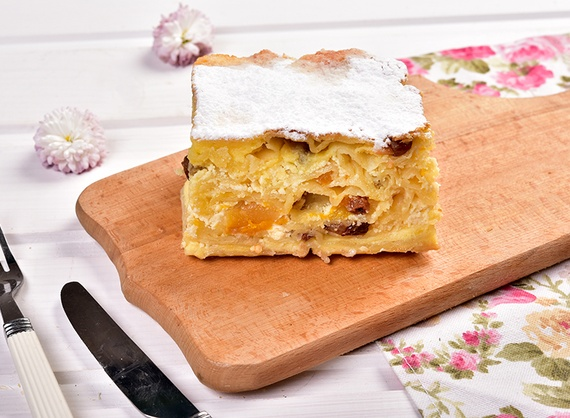 Acima with dried apricots and raisins