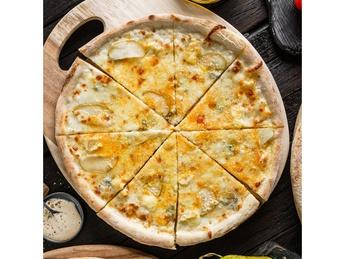 Пицца Quattro formaggi
