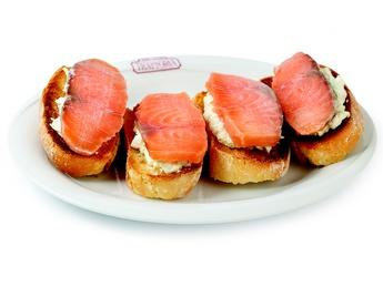 Bruschette con salmone