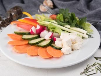 Moldovan assorted vegetable Platter