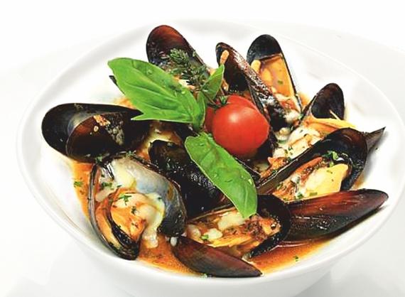 Blak sea mussels