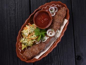 Lulia kebab din miel