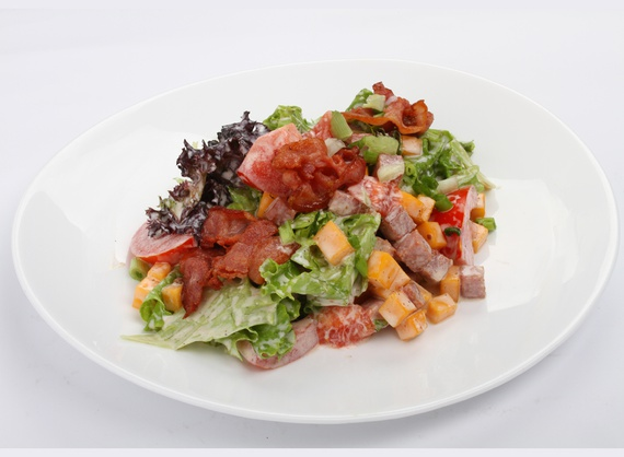 Salad with ham and cheese