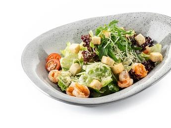 Salată Caezar cu creveți