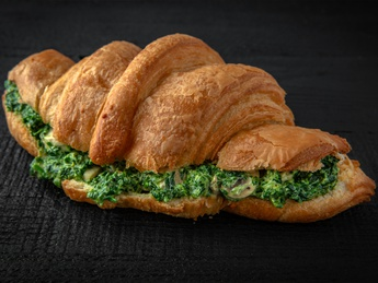 Spinach croissant with mushrooms