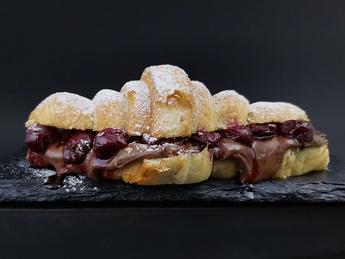 Croissant Cherry&Nutella