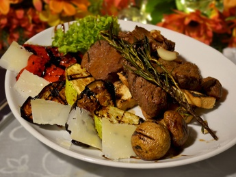 Tagliata with grilled vegetables