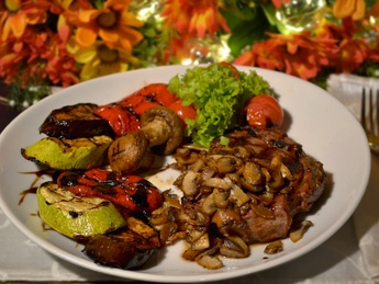Antrecote a-la Chef with grilled vegetables