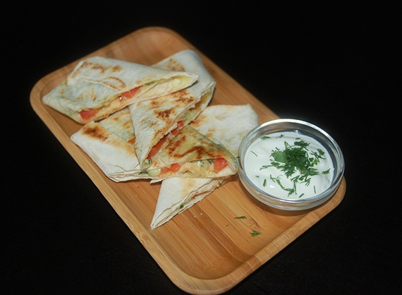 Pita with cheese suluguni and verdure